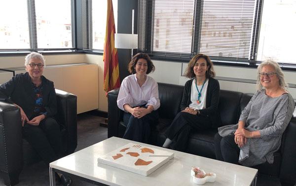 De izquierda a derecha: Assupmcio Puig i Hors, decana del COAC (Colegio de Arquitectos de Cataluña); Sandra Bestraten, presidenta de la demarcación de Barcelona; Valeria del Puerto, presidenta del CPAU, y Zaida Muxi, profesora del Departamento de Urbanismo en UPC, ETSAB.