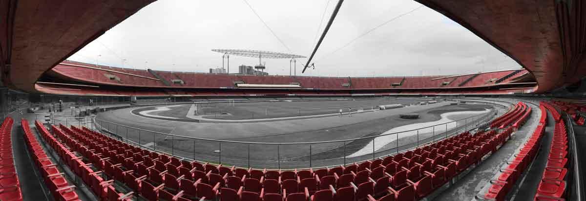 Estadio Morumbi, de João Batista Vilanova Artigas. Foto de la autora.