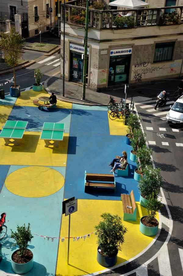 Intervención táctica urbanística del programa Plazas Abiertas. Foto: Comuna de Milán.