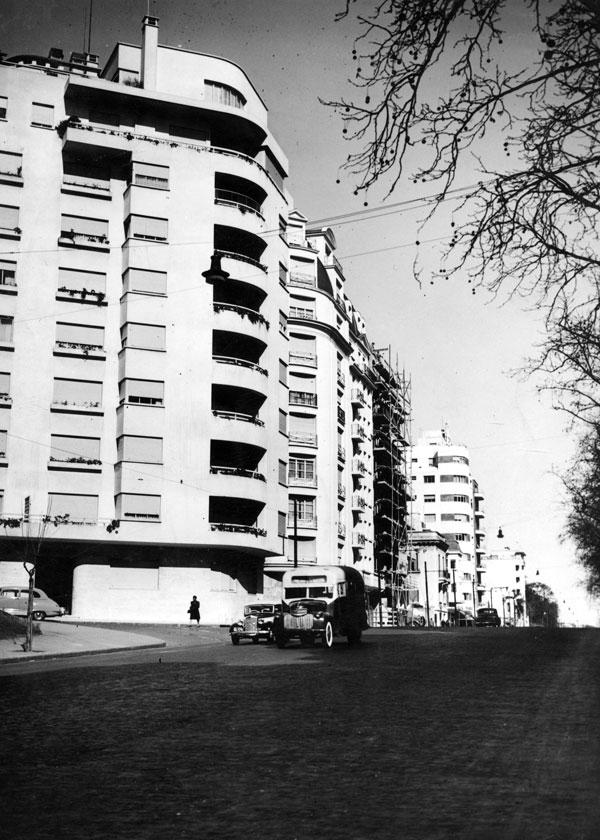Jorge Kálnay, Edificio Barrancas (1933)